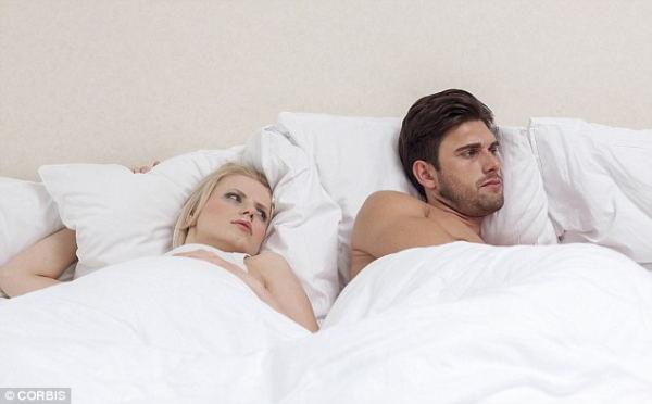 潮吹きはできるけど、男は冷めていてはセックスできない。