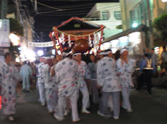 ペニスがご神体?静岡の奇祭『どんつく祭』